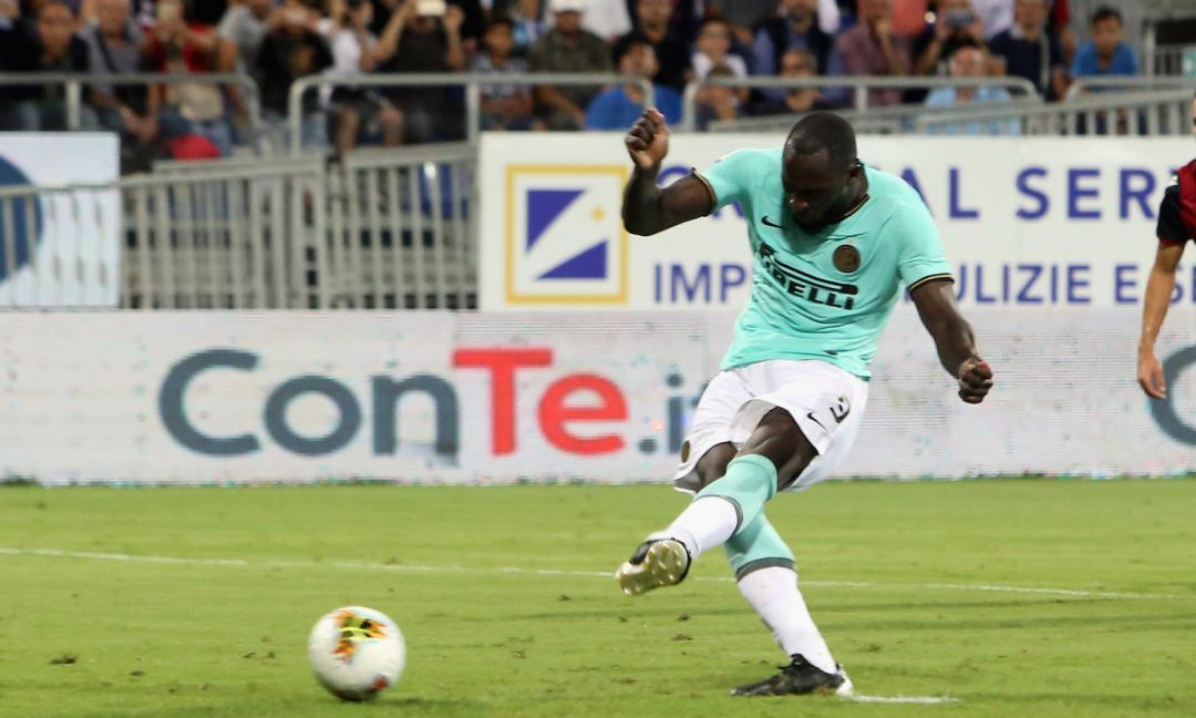 Versi da scimmia contro Lukaku: questo ammazza il calcio, che si fa?