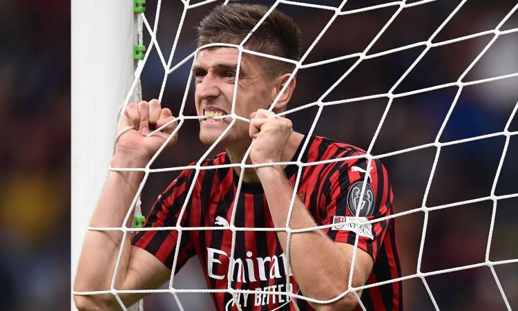 Milan-Lecce, le formazioni ufficiali: Calhanoglu esterno, out Piatek