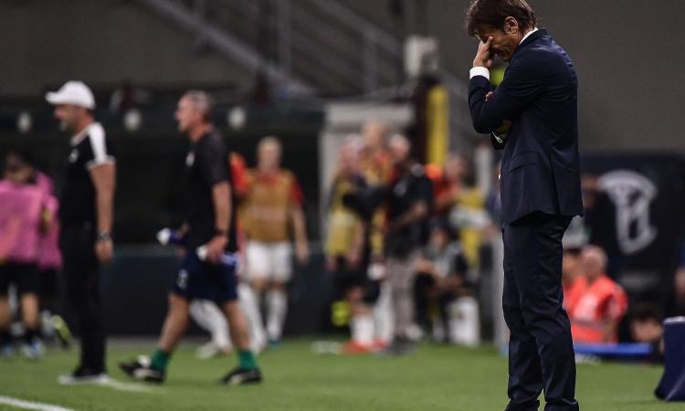 Inter, Conte durissimo: 'Non è questo il calcio per cui ci alleniamo, io il primo responsabile' VIDEO