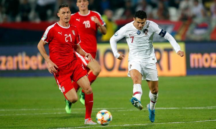 Dall'Inghilterra: l'Inter punta Matic. Intanto i suoi figli incontrano Ronaldo VIDEO