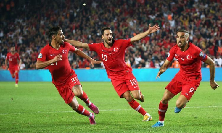 Turchia, Calhanoglu: 'Molto più di una semplice partita, sono orgoglioso!'