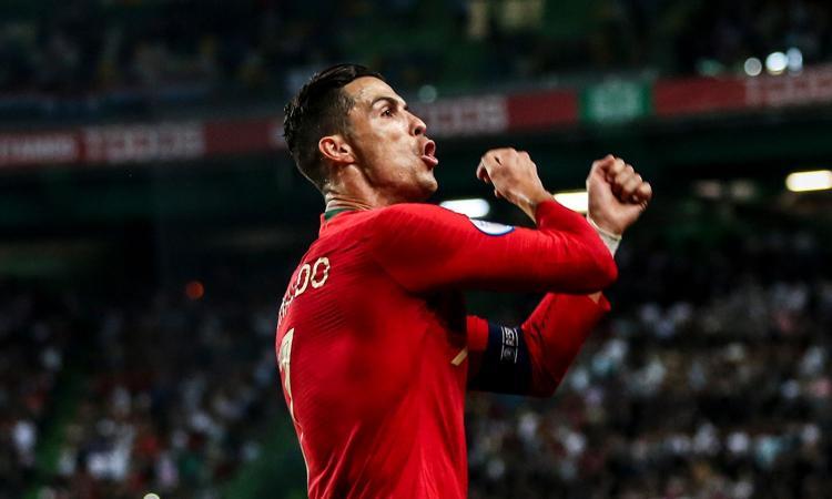Evra a Ronaldo: 'Wow, non cambiare mai' FOTO