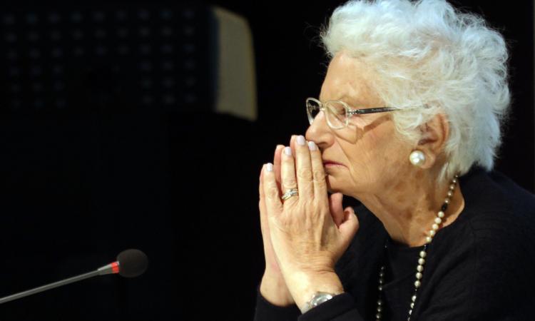 Lo juventino Ezio Greggio dice no ai leghisti di Biella dopo il caso Segre