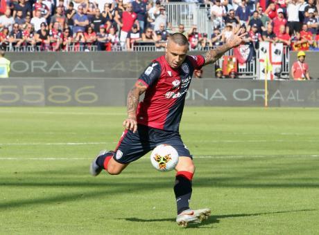 Nainggolan annienta la Spal, Cagliari in zona Europa: Inter e Conte, non è che avete sbagliato con il Ninja?