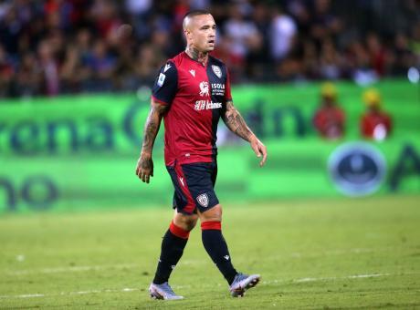 Cagliari, Nainggolan: 'L'Inter mi segue ancora? Rammaricato per com'è finita, ma ora non ci penso...' VIDEO