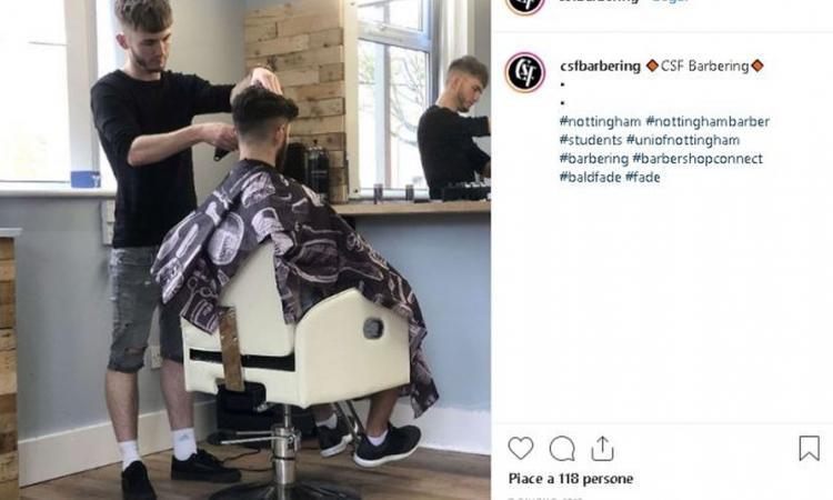 Nottingham, se batti a FIFA il barbiere il taglio è gratis. Ma se perdi paghi doppio