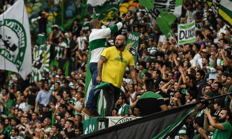 No alla violenza, lo Sporting Lisbona sospende il rapporto coi tifosi