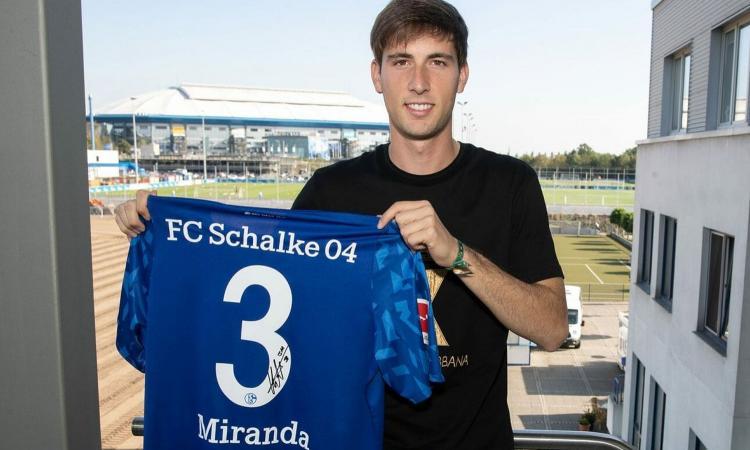 Schalke, l'ex obiettivo della Juve Miranda può dire addio