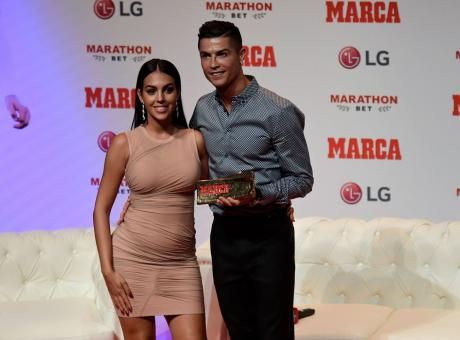 Clamoroso Ronaldo: si è sposato in gran segreto con Georgina! VIDEO