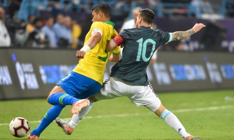 Thiago Silva contro Messi: 'Cerca di influenzare gli arbitri. Ed è maleducato!'