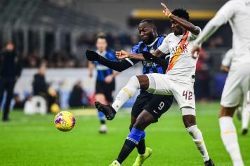 Lukaku.Diawara.Inter.Roma.2019.20.contrasto.jpg GETTY IMAGES