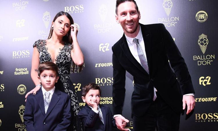 'Per Natale compro il cartellino del nuovo Messi: mio figlio!'