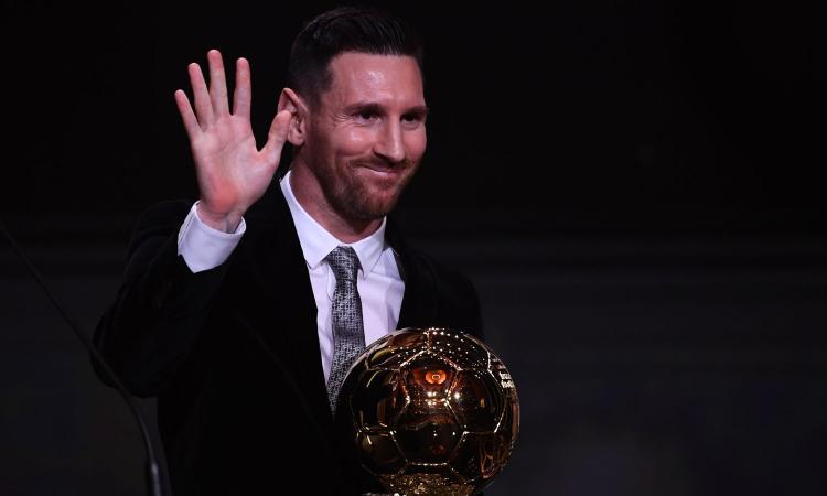 Messi vince il Pallone d'Oro: il figlio Mateo 'sfotte' il nipote di van Dijk