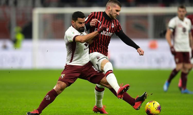 Milan-Torino, rivivi la MOVIOLA: gomitata su Izzo, Rebic rischia il rosso