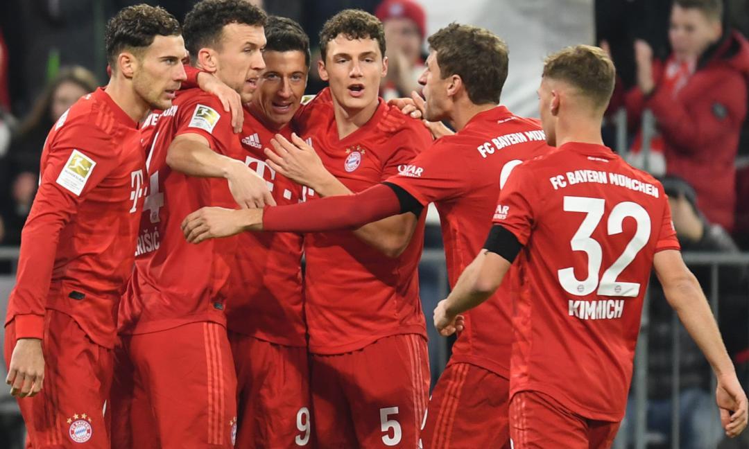 Finalmente calcio, Bundesliga: Schalke 0-4, dominio Bayern, inciampa il Lipsia