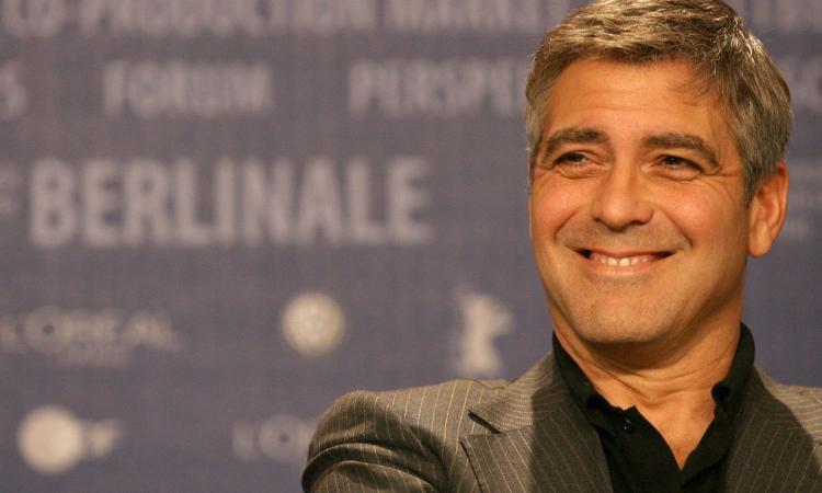 Hollywood si ribella a Trump, Clooney: '400 anni senza un vaccino contro il razzismo. Votiamo e mandiamolo a casa'