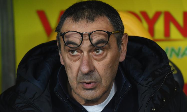 Sarri: 'Poste? Basta battute per non mettere in difficoltà il marchio Juve'