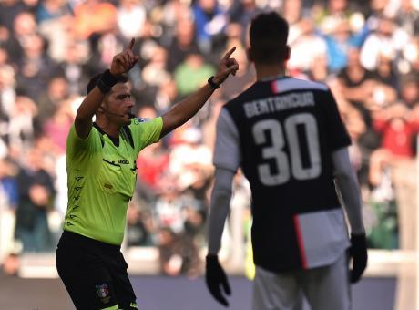 Lazio-Inter: torna Pasqua e il var è Mazzoleni. La designazione arbitrale completa