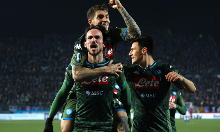 Fabian Ruiz magico, il Napoli è pronto per il Barcellona. Brescia, salvezza appesa a un filo