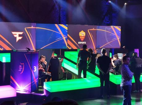 Fifa eClub World Cup: Qlash e Mkers eliminati. Roma ai quarti all'ultimo respiro grazie a... Messi! FOTO e VIDEO