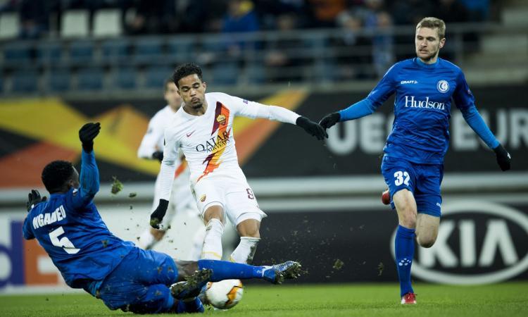 La Roma non brilla e ringrazia Kluivert: gli ottavi di Europa League sono il primo regalo per Friedkin