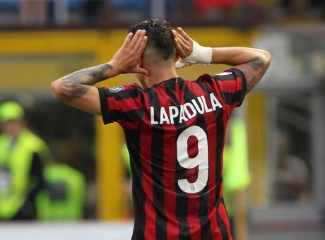 Milan, l'ex Lapadula: 'Pagherei pur di tornare a indossare la 9. Berlusconi mi ha voluto in rossonero'