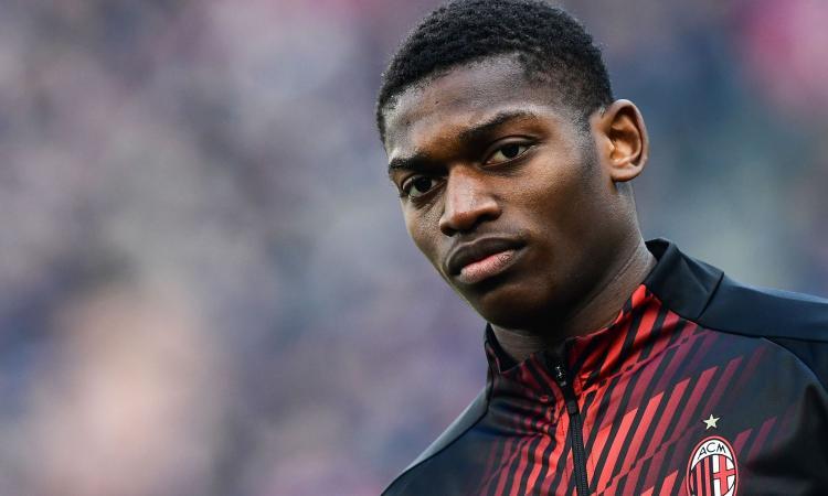 Milan, niente Europa League per Leao: svela di essere in quarantena