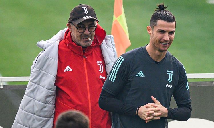 Sarri si prepara a un'estate di fuoco: due Juve per vincere tutto. Il turnover? In campo sempre Ronaldo e altri dieci