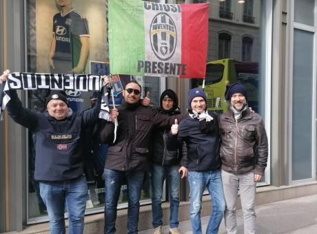 Qui Lione - Due tifosi napoletani della Juve con le mascherine, ai bolognesi consigliato il 'no comment'
