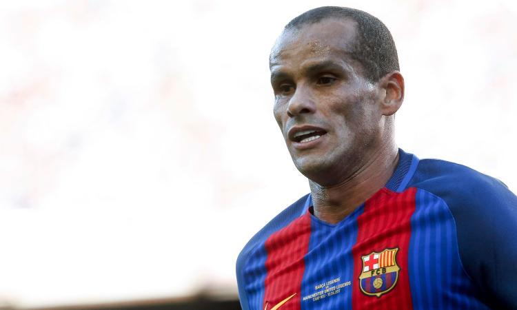 Napoli, Rivaldo sulla Champions: 'Sono preoccupato, è pericoloso per il Barcellona'