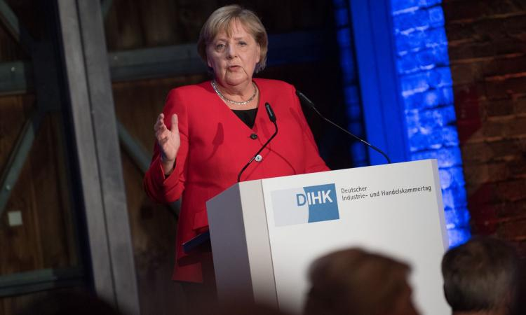 Merkel mette Conte con le spalle al muro: 'No agli eurobond, molti miliardi a disposizione con altri strumenti'