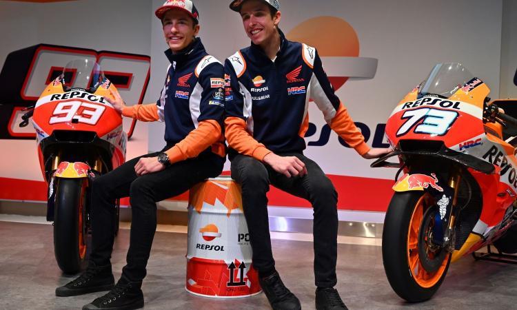 MotoGP, si corre con gli eSports: Alex Marquez vince il Gran Premio virtuale del Mugello, giù dal podio il fratello Marc!