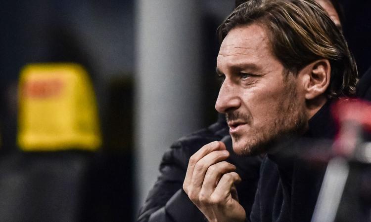 Totti, 'like' galeotto al Benevento di Inzaghi dopo il pari con la Roma. E i tifosi si infuriano