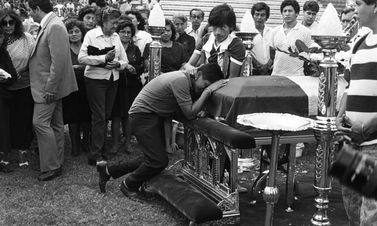 Alianza Lima, il Grande Torino del Perù: una tragedia incancellabile, come quelle lacrime di mamma Helia