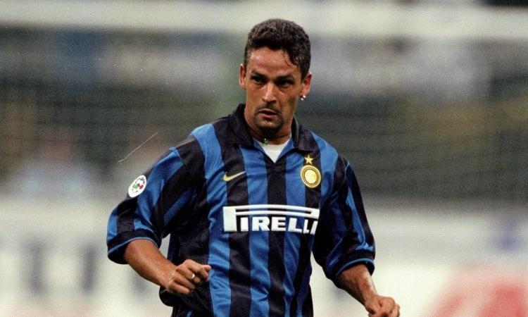 Gli auguri dell'Inter a Roberto Baggio: 'Campione amato da tutti, indimenticabili alcuni suoi gol in nerazzurro'