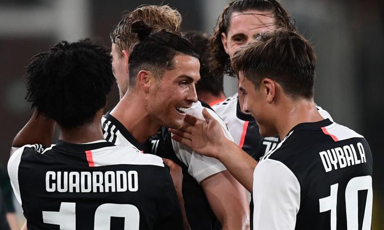 Juve, svelata la seconda maglia per il 2020/2021 FOTO