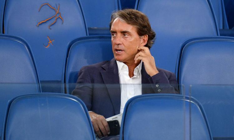 Mancini: 'All'inizio c'era tristezza: con i giovani abbiamo riavvicinato i tifosi alla Nazionale'