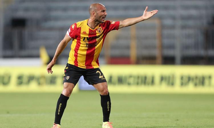 Benevento, UFFICIALE: Schiattarella positivo al Covid-19
