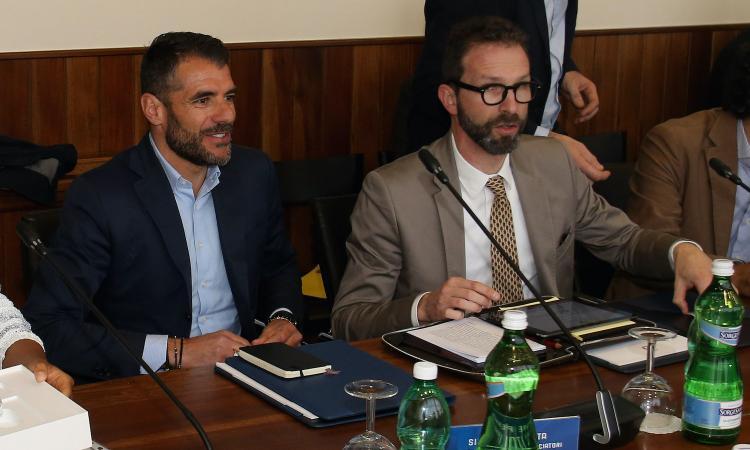 Aic, Calcagno: 'I calciatori vogliono i tifosi, stiamo spingendo con il Cts per la riapertura degli stadi'