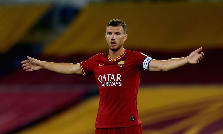 Pirlo e Ronaldo vogliono Dzeko, ma per i conti della Juve è un'operazione folle