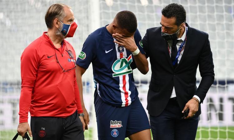 Psg in ansia, Mbappé va ko: esce in lacrime e con le stampelle, Atalanta a forte rischio