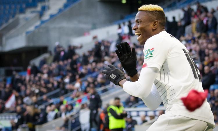 Napoli-Osimhen, avanti tutta. Incontro a Capri con De Laurentiis, l'agente: 'E' pronto per la Serie A, sono ottimista'