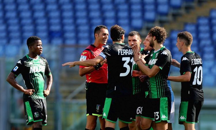 Lazio-Sassuolo, rivivi la MOVIOLA: proteste ospiti per un gol annullato per fuorigioco e un rigore su Djuricic