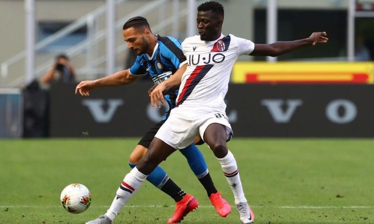 L'Inter fa harakiri e il Bologna rimonta 2-1 a San Siro. La Juve resta a +11