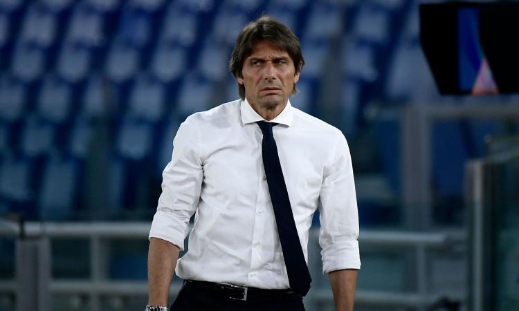 Conte: 'Mai sentito dirigenti e giocatori della Juve per chiedere se cacciano Sarri. Ribadisco il progetto triennale con l'Inter'