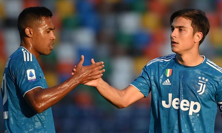 Juve, UFFICIALE: lesione muscolare per Alex Sandro, nuovi controlli tra 15 giorni. Dybala parzialmente in gruppo