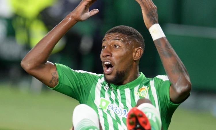 Milan, distanza di dieci milioni con il Barcellona per Emerson