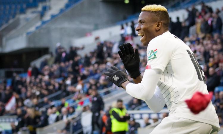 Osimhen, l'intermediario: 'Siamo ai dettagli con il Napoli, per lui è meglio di Liverpool'