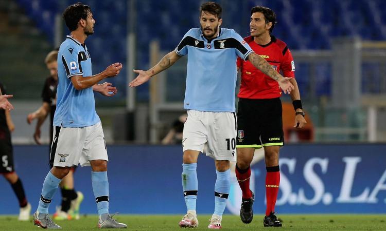 Lazio, Parolo contro Paquetà: 'Ci vuole rispetto!'