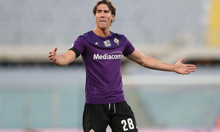 Dall'idea del Milan alla scelta della Fiorentina: Vlahovic è sul mercato